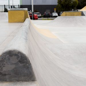 Bentleigh East skate park rounded curb quarter