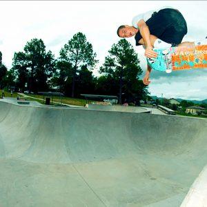 Raven Tershey bs air in Nimbin big bowl