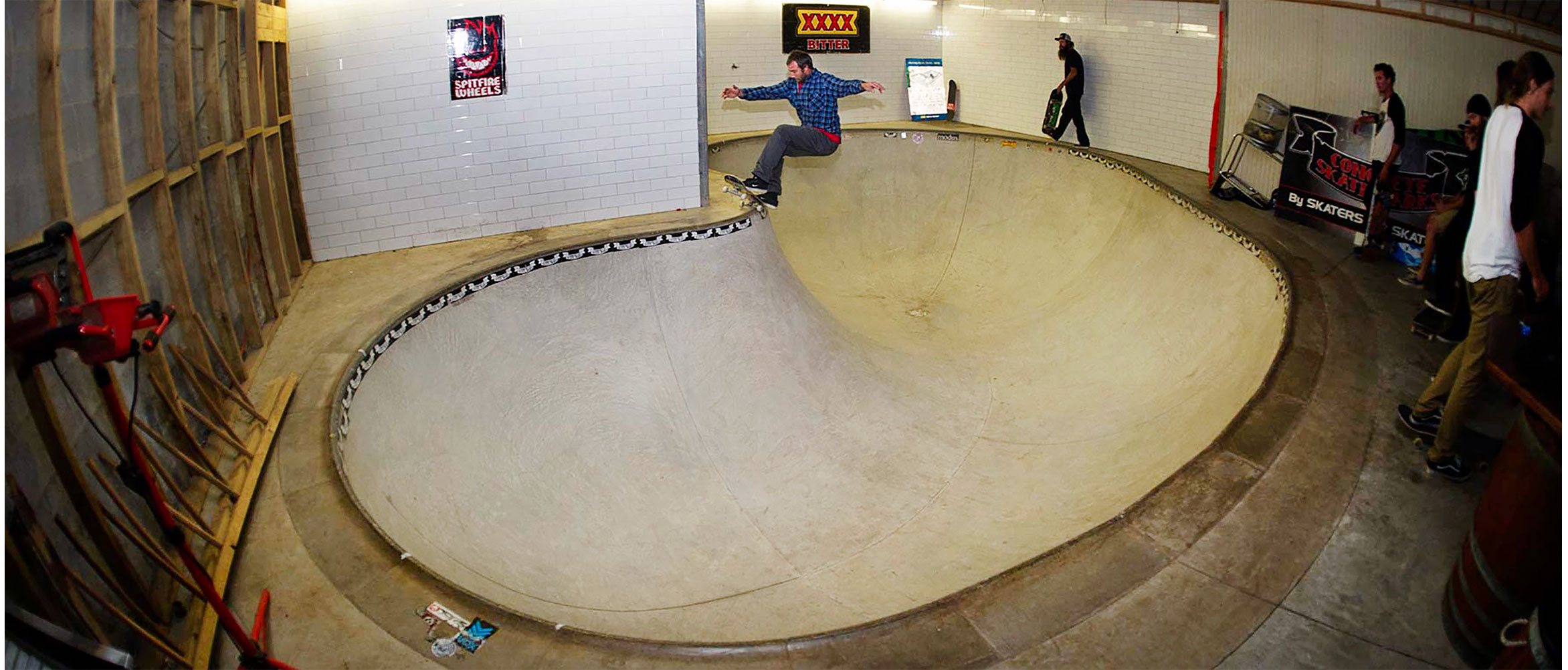 Dorfus frontside grind over the hip, CSP headquarters, Andrew Currie photo